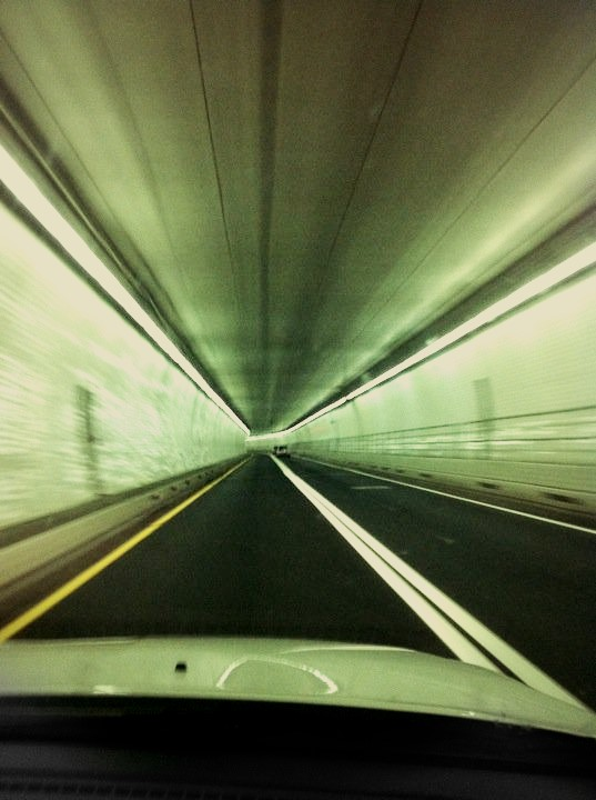 Baltimore Harbor Tunnel. Runs on 1-895. Opened 1957.